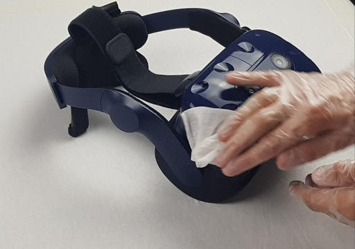 Cleaning VR headset