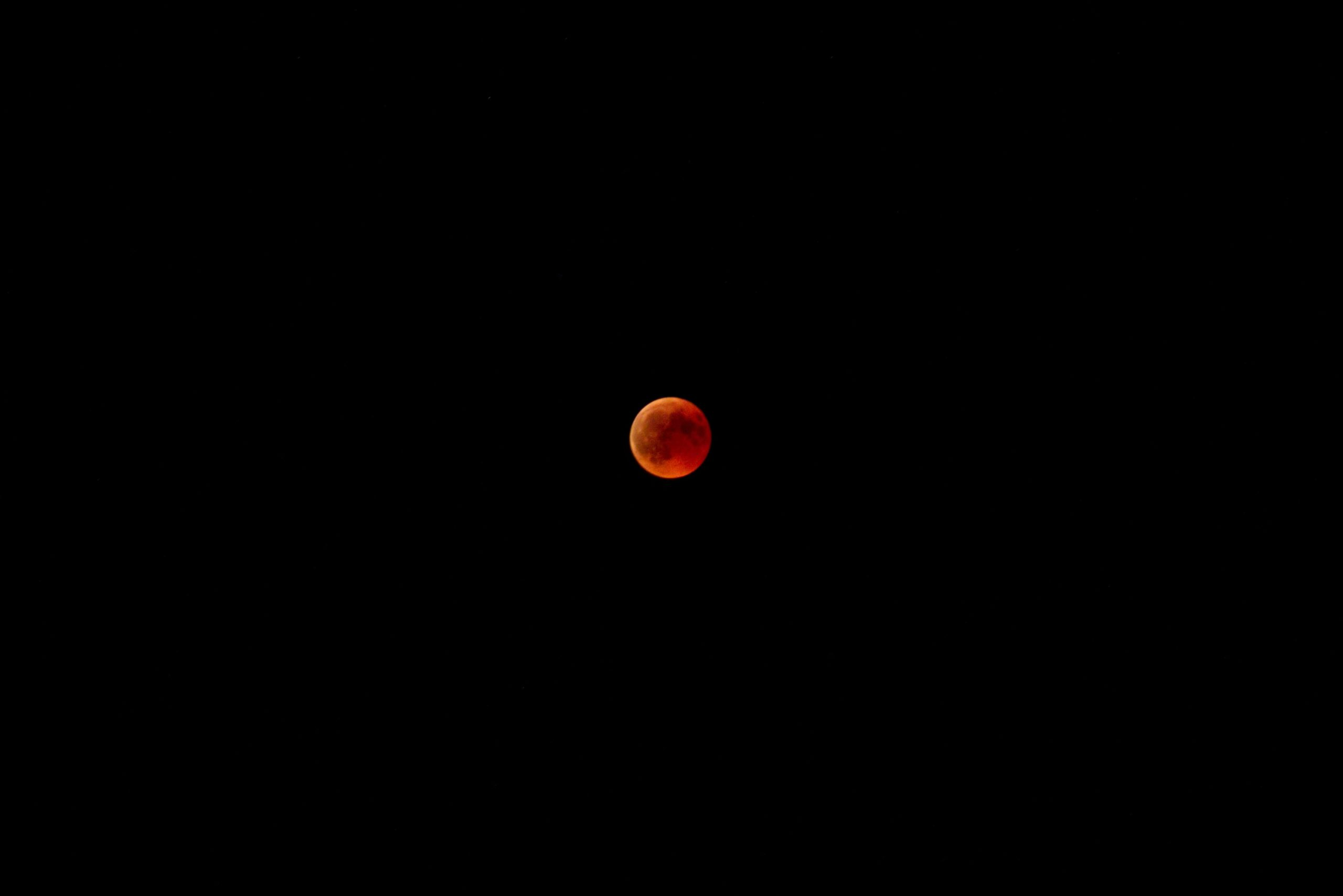 Red Moon - maybe that's how Moon look like when you walk on Mars